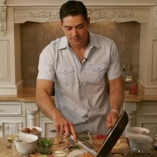 Studies show, people who cook are healthier than people who don't. I know the cleanup can be a drag, but if you want to learn simple techniques and recipes, work with a Health Coach.#peterkofitsas #healthcoach #cooking